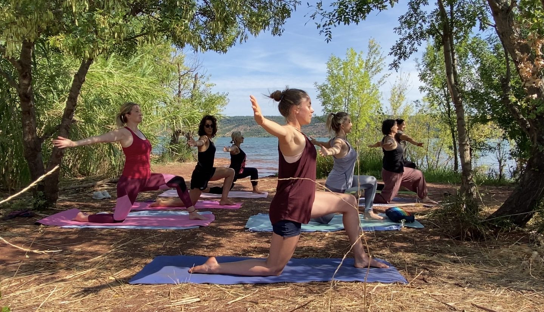 """Formation de yoga """"Cultive ton corps et ton esprit"""""""